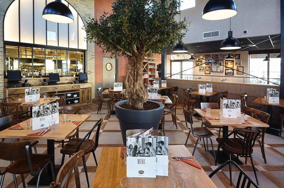 vue-interieure-restaurant-del-arte